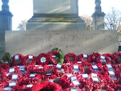 Southampton Cenotaph image Den White